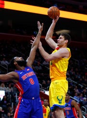 Brook Lopez and the Bucks have swept Andre Drummond and the Pistons this season. Detroit is Milwaukee's most likely first-round playoff opponent.