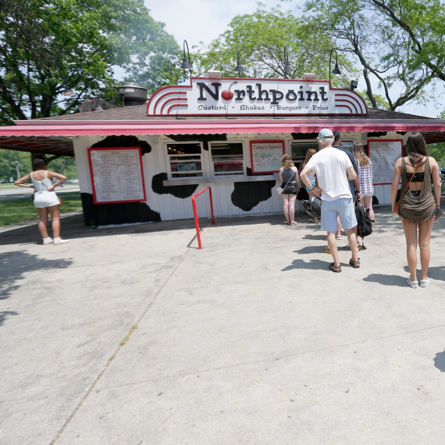 Bartolotta group drops Northpoint Custard for the McKinley Marina roundhouse
