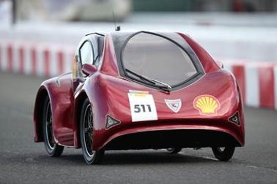 The LA Tech EcoCar won two awards in the Shell Eco-marathon Americas Mileage Competition at Sonoma Raceway over the weekend.