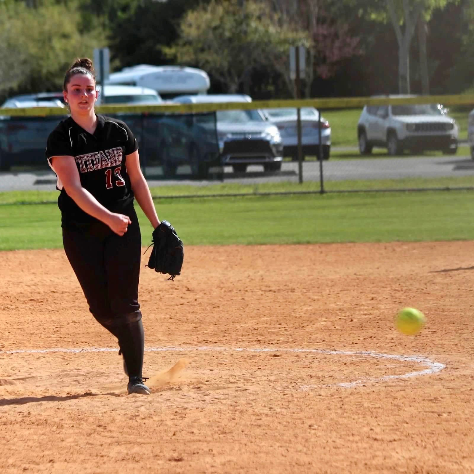Butler pitcher Kellie Faber making history at County College of Morris