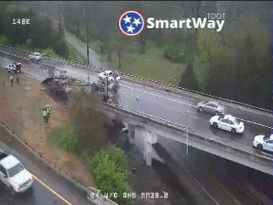 Vehicle fire shuts down I-24 west near Joelton