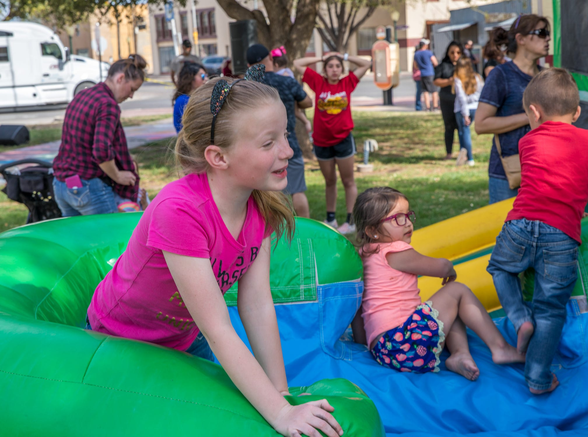 WIPP celebrated its 20th anniversary by hosting an ice cream social April 6 for the Carlsbad public at the Eddy County Courthouse.