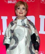 Después de 66 años de trabajar en Televisa, Jacqueline Andere habló de este divorcio con la empresa, pero ahora sí que como en las relaciones personales, donde hubo fuego cenizas quedan y no tiene rencor porque le quitaron la exclusividad.