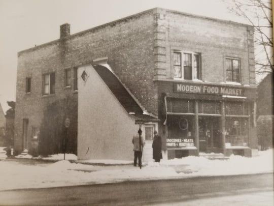 Modern Food Market was the original site of Dulmes Decor.