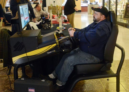 Jason Epp recently tested himself on a distracted driving simulator.