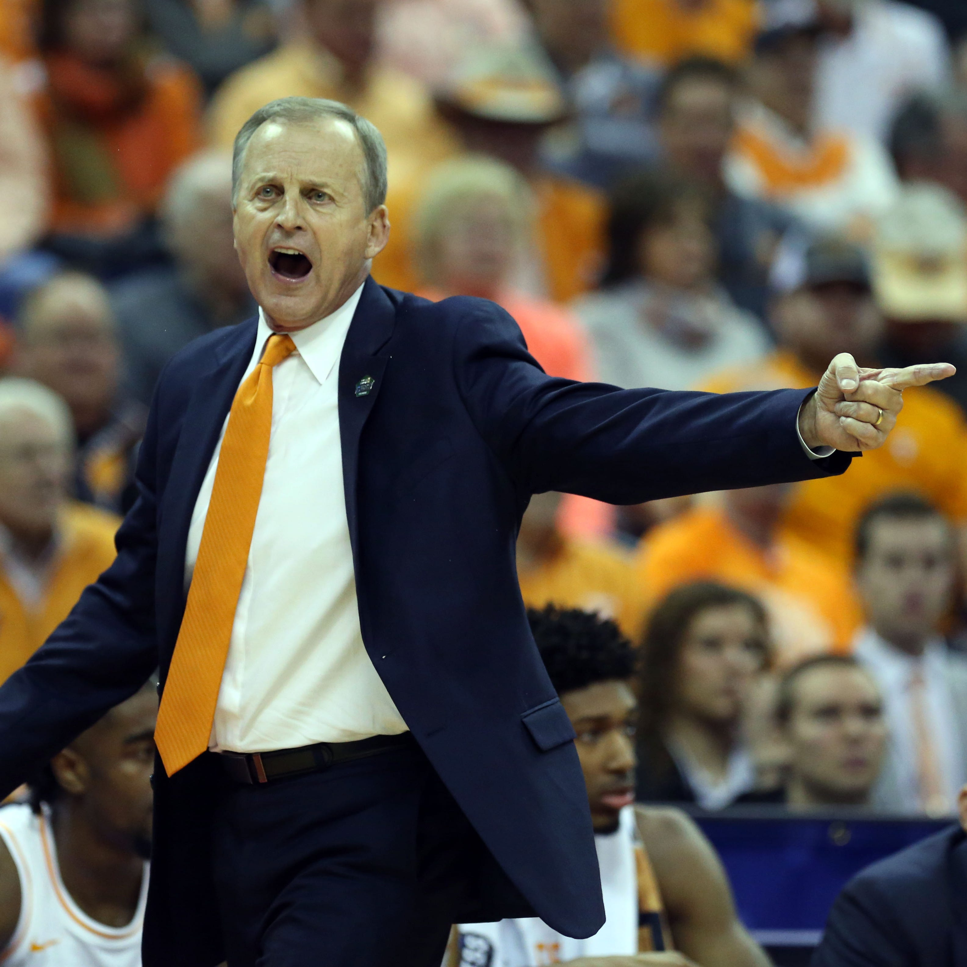 As Rick Barnes reportedly turns down UCLA, Dick Vitale calls Bruins' search 'embarrassing'