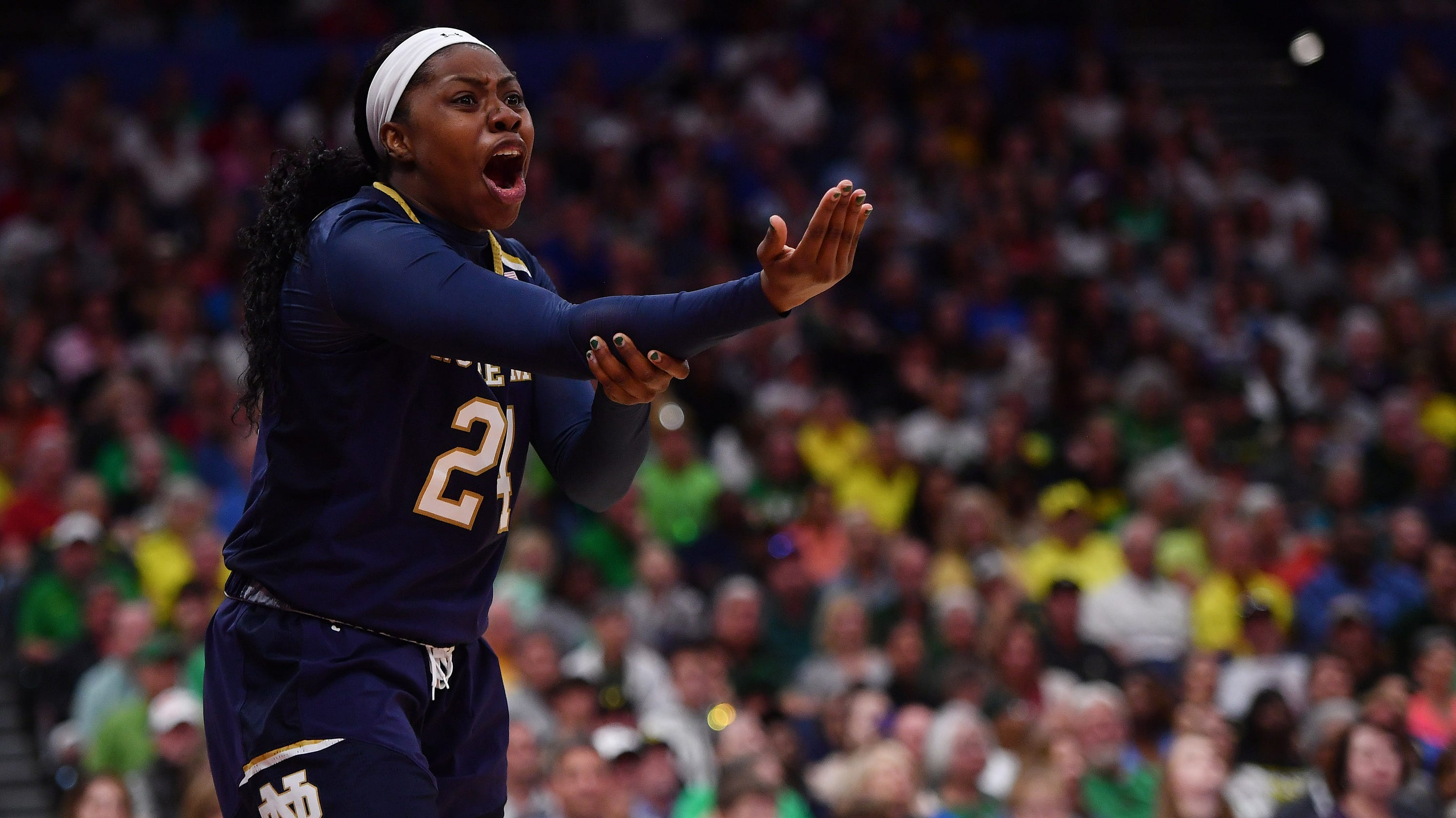 ec1e7c3124d Arike Ogunbowale comes up just short for Notre Dame in title game