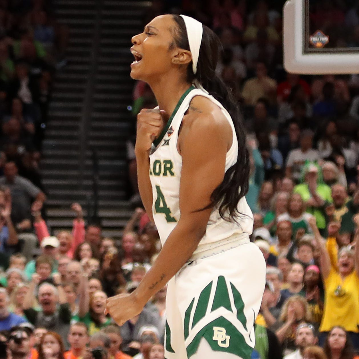 Baylor women hold off Notre Dame in thriller to win school's third national championship