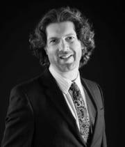 Jeffrey Tarr, Philharmonic vocalist