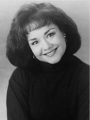 Patricia Vigil, Philharmonic vocalist