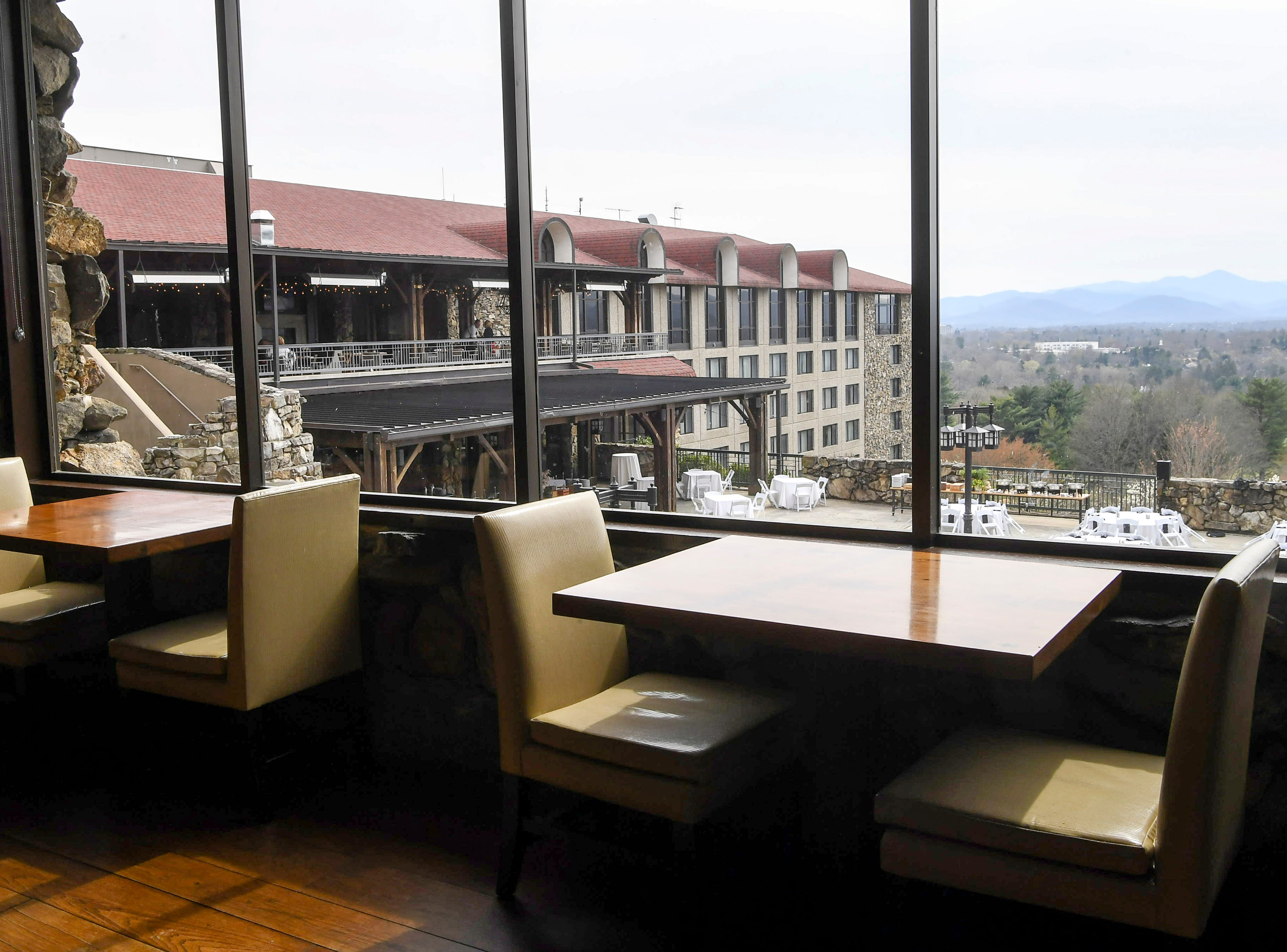 Inside the Grove Park Inn's Edison Craft Ales and Kitchen in Asheville April 4, 2019.