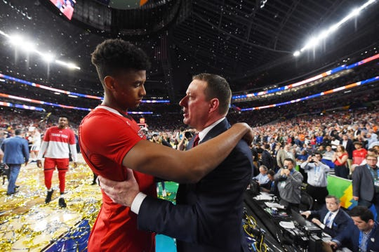 Texas Tech coach Chris Beard consoles guard Jarrett Culver after losing to Virginia in the 2019 NCAA tournament national title game.