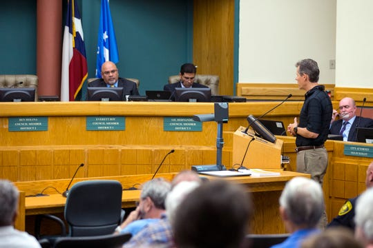 Tom Schmid, CEO of the Texas State Aquarium, speaks in support of the recently proposed $40 million canal for North Beach during public comment at city council on Tuesday, April 9, 2019.