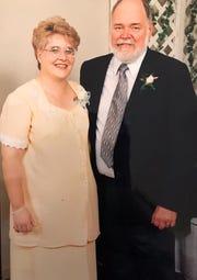 This is Linda and Thom Van Benschoten.
