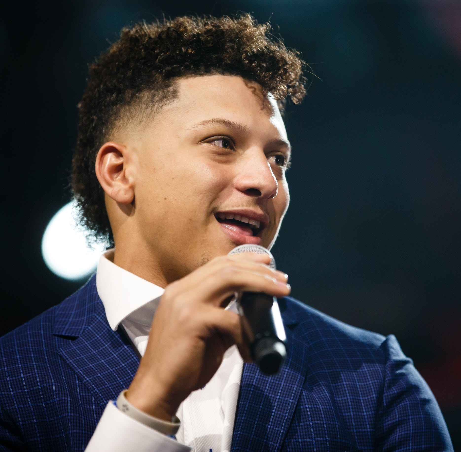 Get ready to see Patrick Mahomes cereal through multi-year contract with Hy-Vee