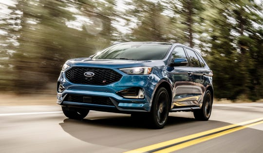 The 2019 Ford Edge ST has a 335-hp twin-turbo 2.7L V6.