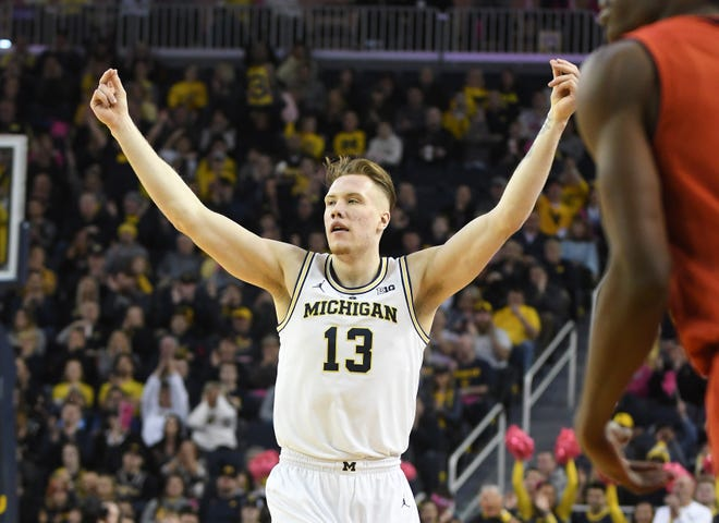 Michigan's Ignas Brazdeikis is one of three Wolverines to declare for the NBA draft on Tuesday.