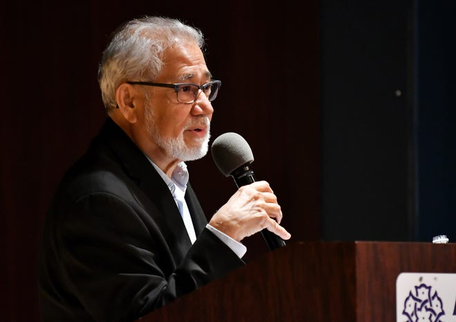 """Victor Begg talks about his book """"Our Muslim Neighbors"""" during a book signing and speaking engagement at the Arab American National Museum in Dearborn on April 8."""