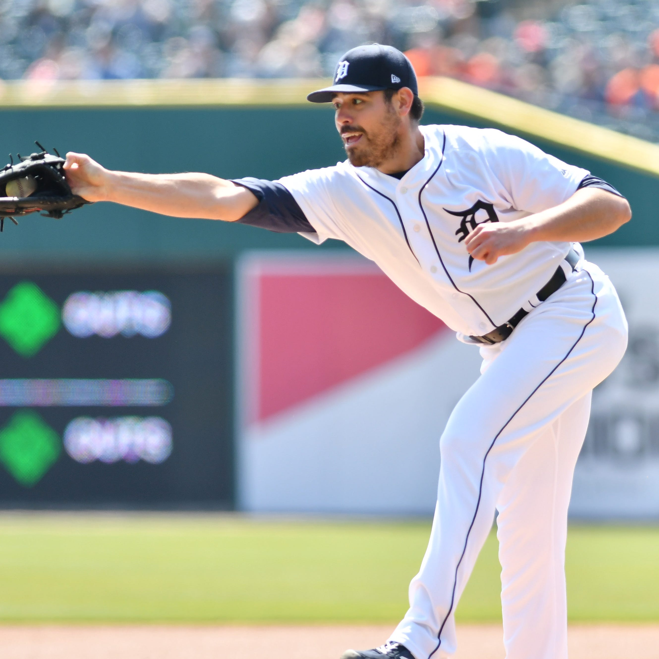 Tigers' Matt Moore encouraged by early rehab work, trying to forestall surgery