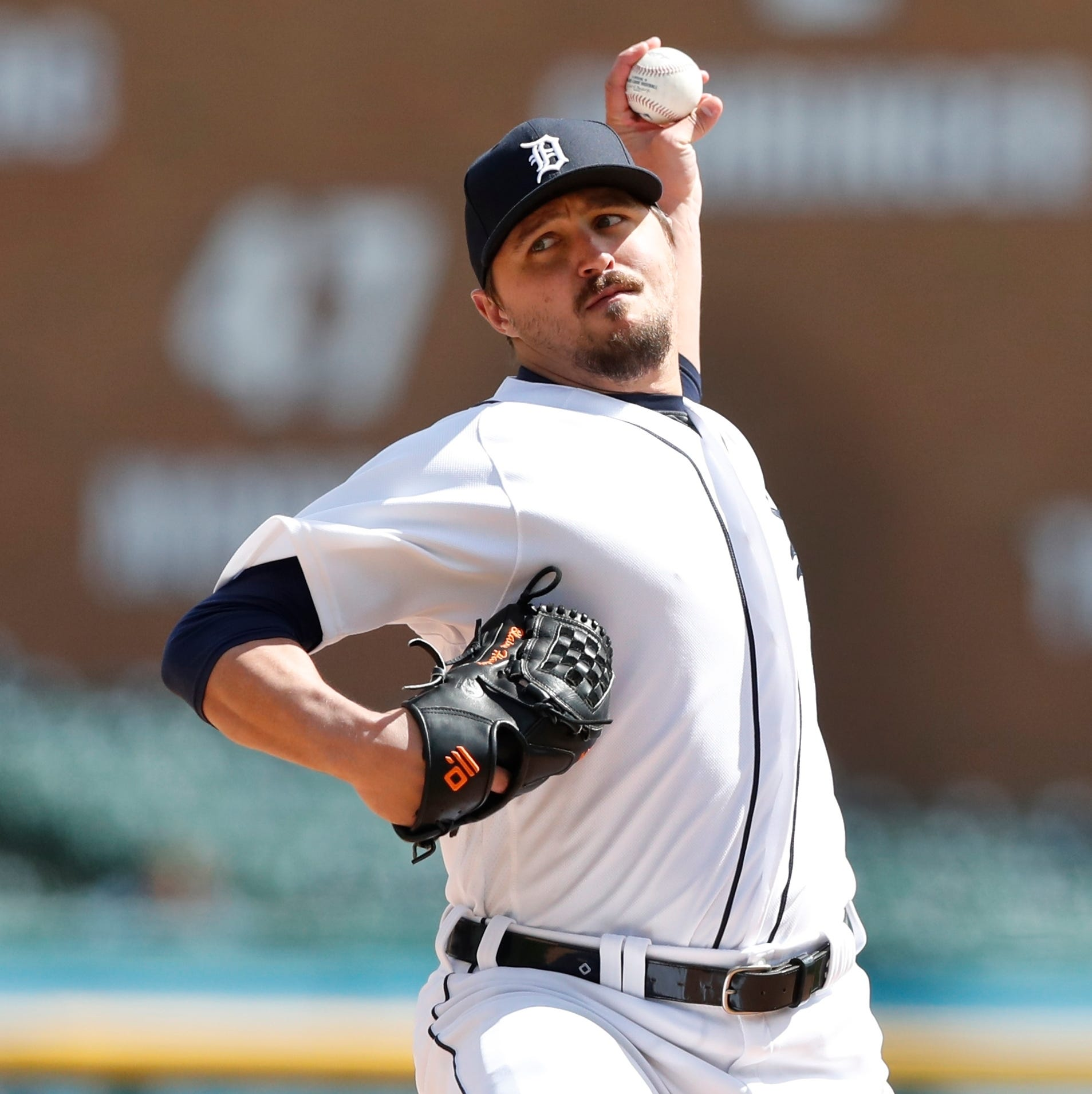 Hardy is back with Tigers, but battling tendinitis may be his new normal