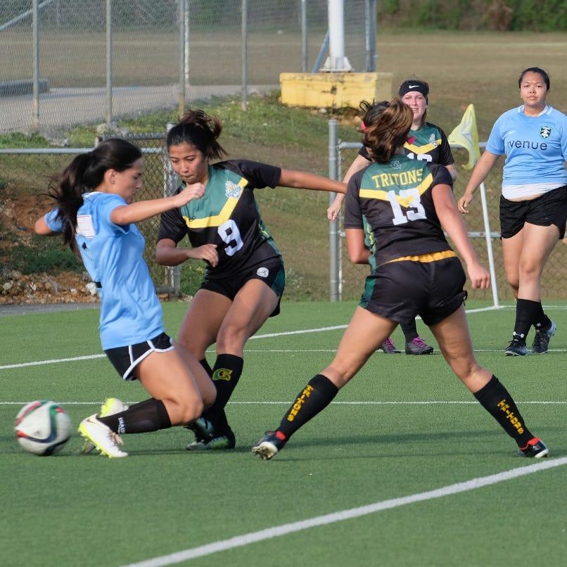 Sports Shorts: Lady Tritons lose first match of season