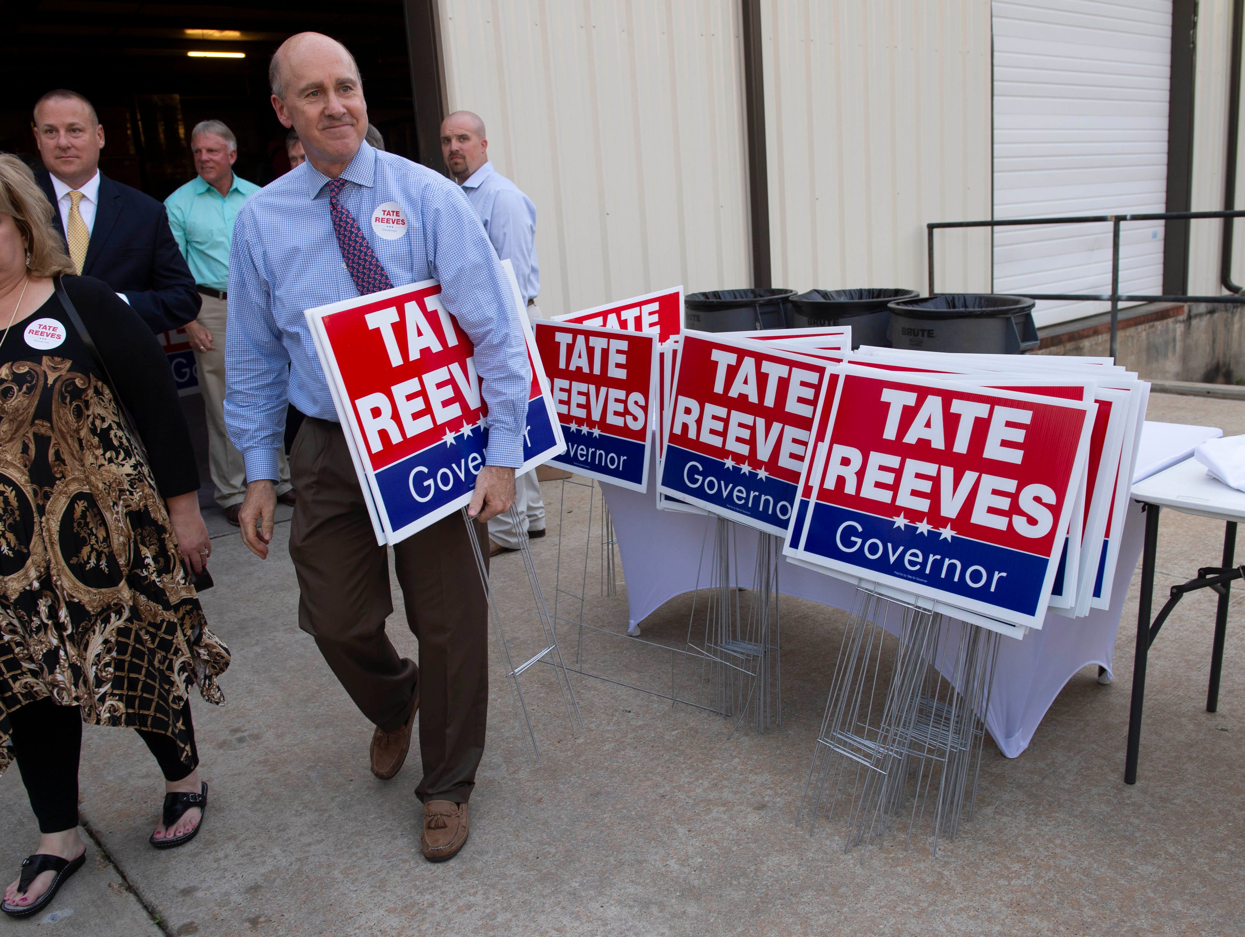 Who's giving them money? A look at political donations in Mississippi gubernatorial race