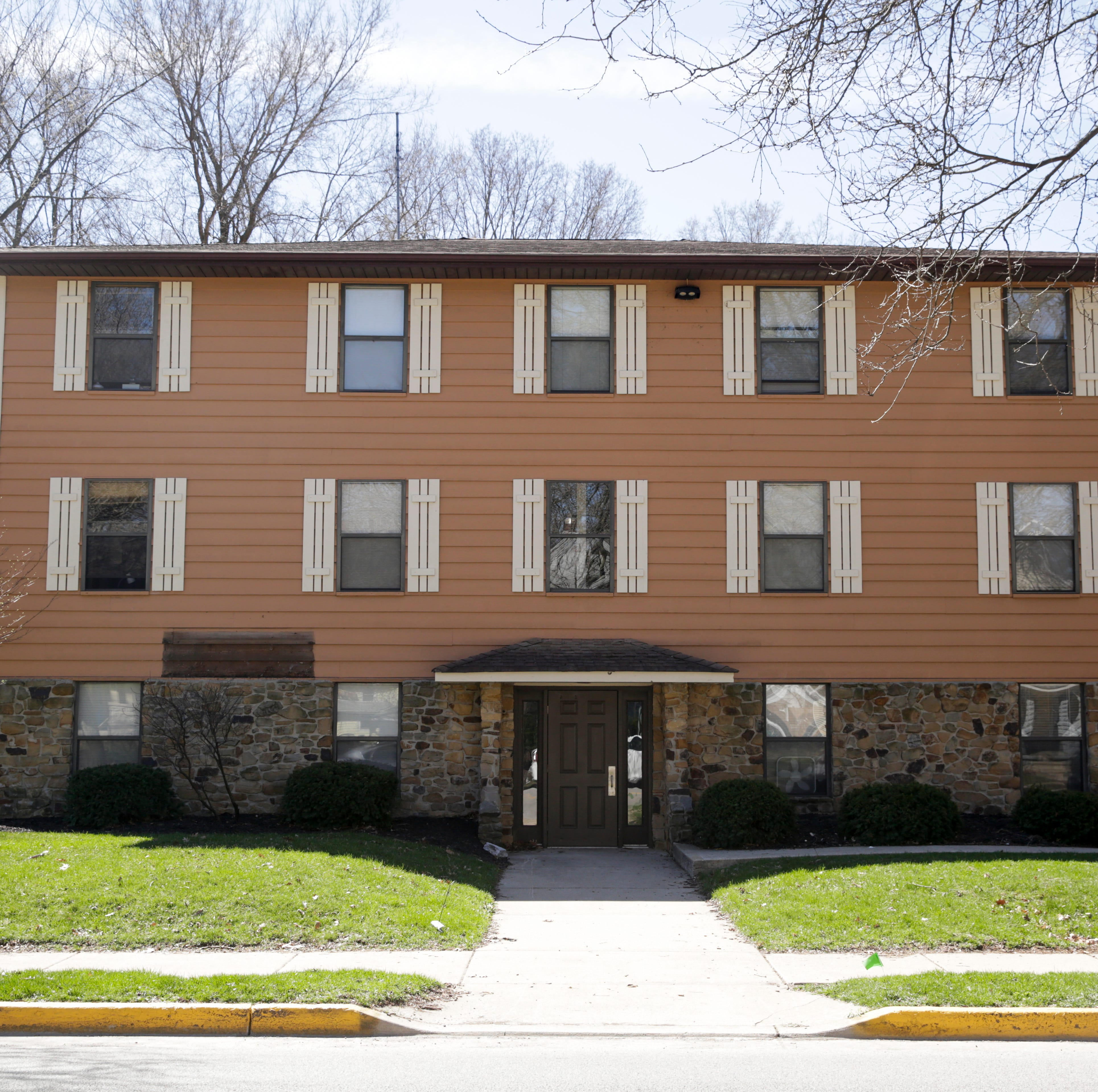Muinzer buys 528-bed housing portfolio near Purdue from Cochran Apartments