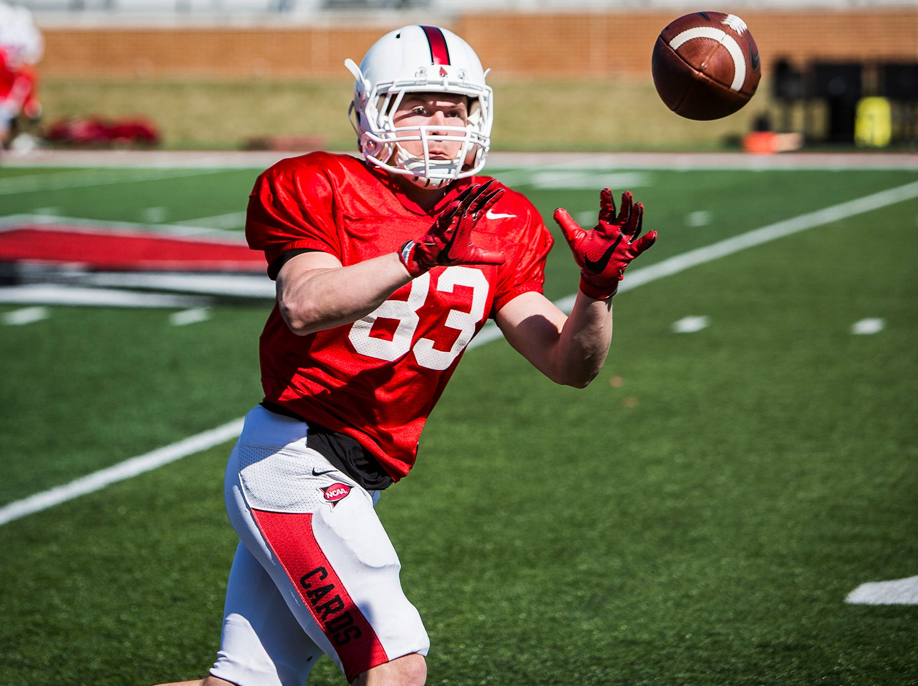 Ball State's Luke Endsley catches during a practice at Scheumann Stadium.