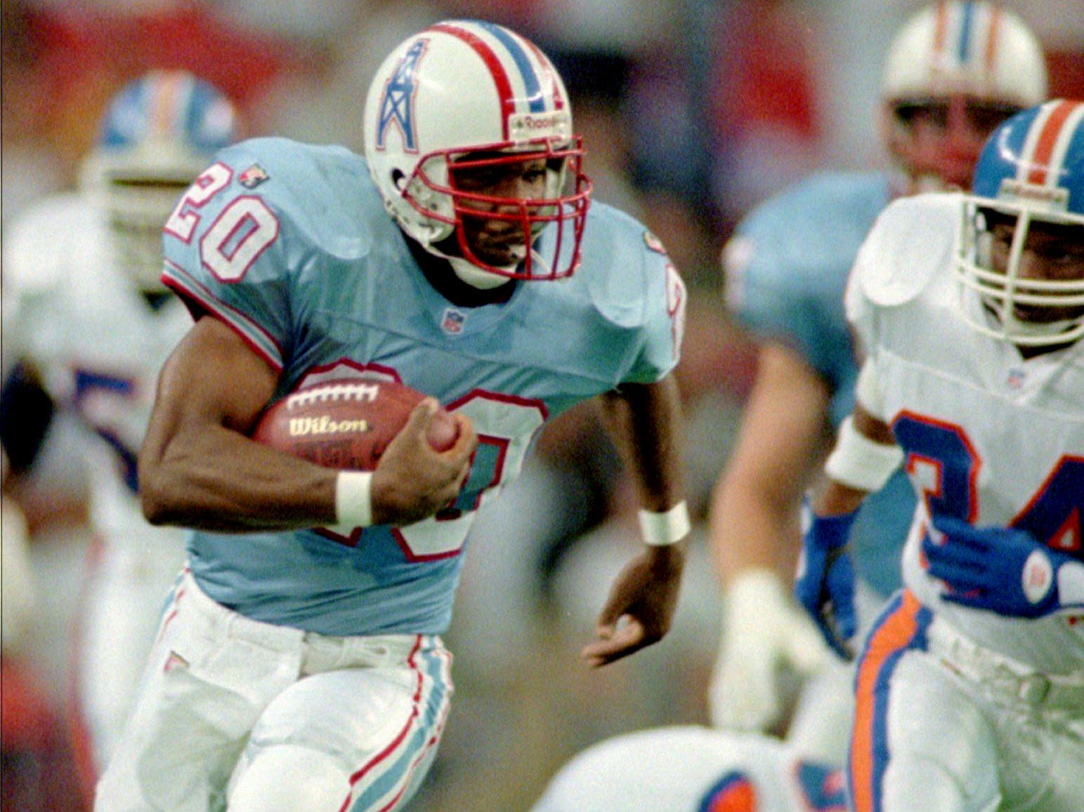 Houston Oilers running back Rodney Thomas (20) breaks free for a 74-yard touchdown run in the first quarter against the Denver Broncos Nov. 26, 1995 in Houston.