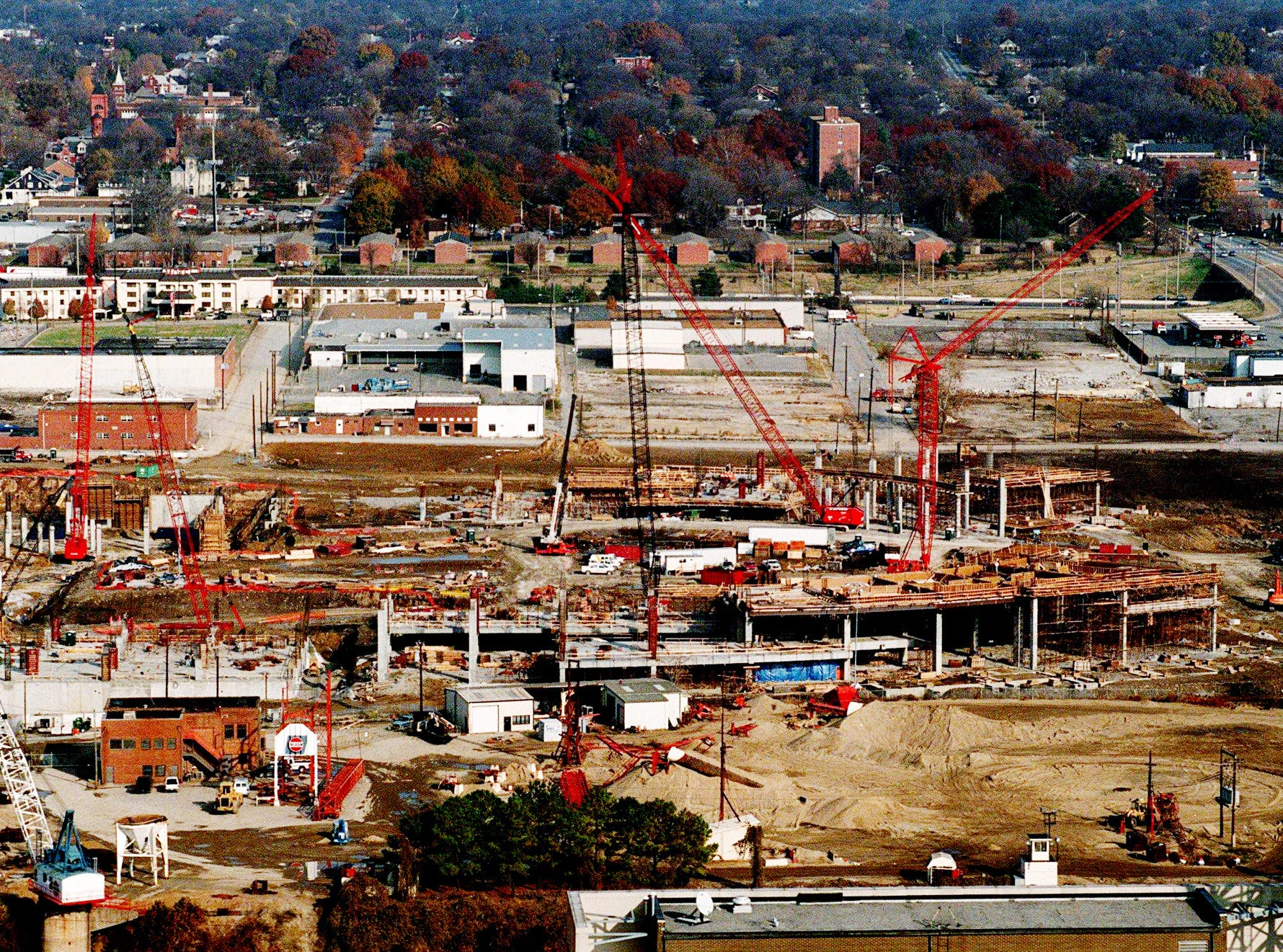 Construction of the new Oilers football stadium is starting to take shape in Nashville Nov. 25, 1997.