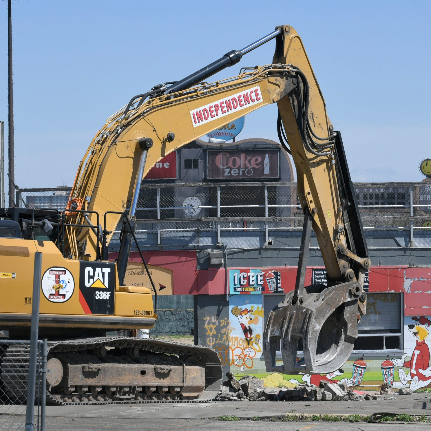 Nashville begins demolishing abandoned Greer Stadium