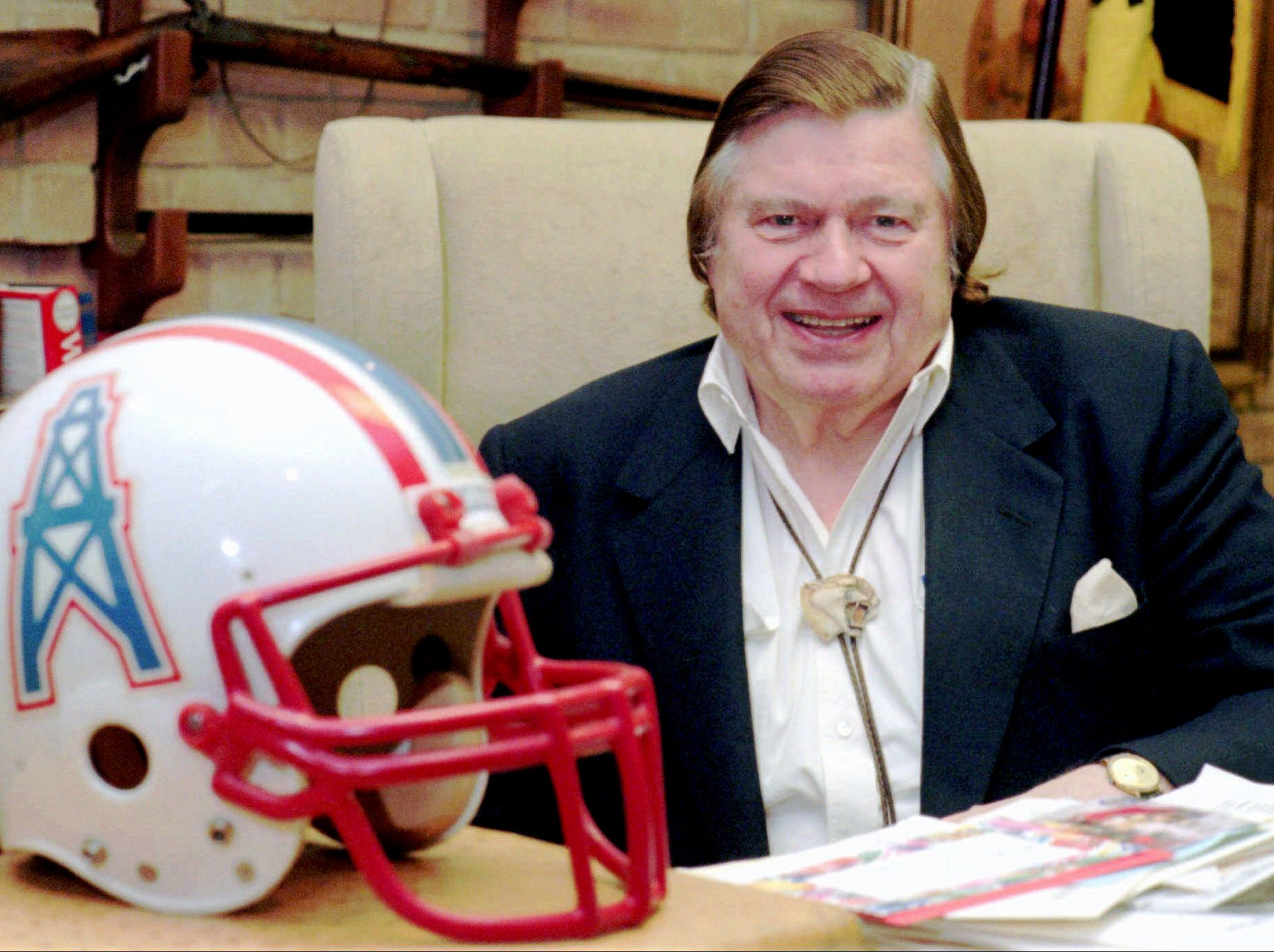 Houston Oilers owner Bud Adams sits in his office Nov. 21, 1995 in Houston. Under a judges's orders, Adams and Astrodome USA owner Drayton McLane Jr. are to meet with a mediator to try to settle a lawsuit and get Adams out of his lease a year early.