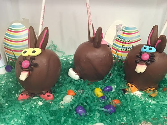 The Hoppy Apples at Laurie's Homemade Candy are decorated with Jordan cracker ears, candy eyes, an M&M nose and gummy teeth and paws.