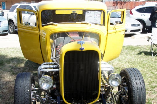 Open-wheel hot rods brought back days of yesteryear.