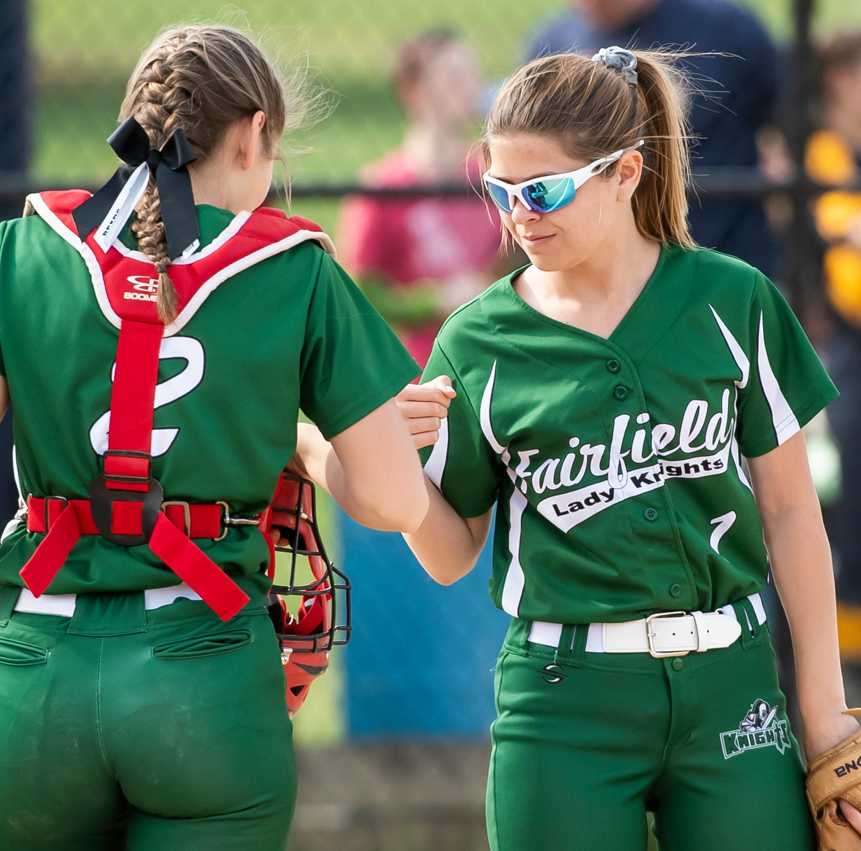 Sister act: Siblings help Fairfield softball unlock full potential