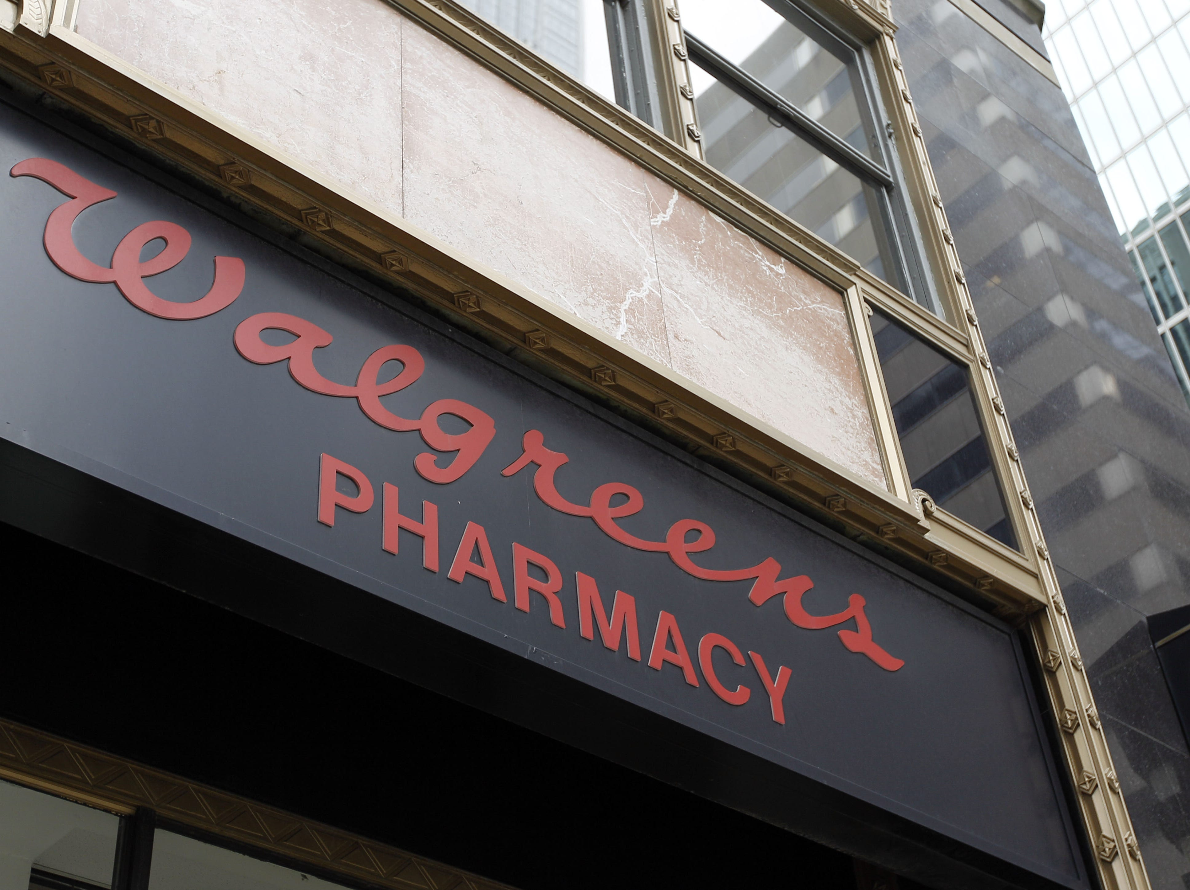 No. 28: Walgreen Co. | Drug stores,  wellness services| 2019 employees: 6,088 | 2018 employees: 6,624 | Ownership: Public | Headquarters: Deerfield, Illinois | www.walgreens.com