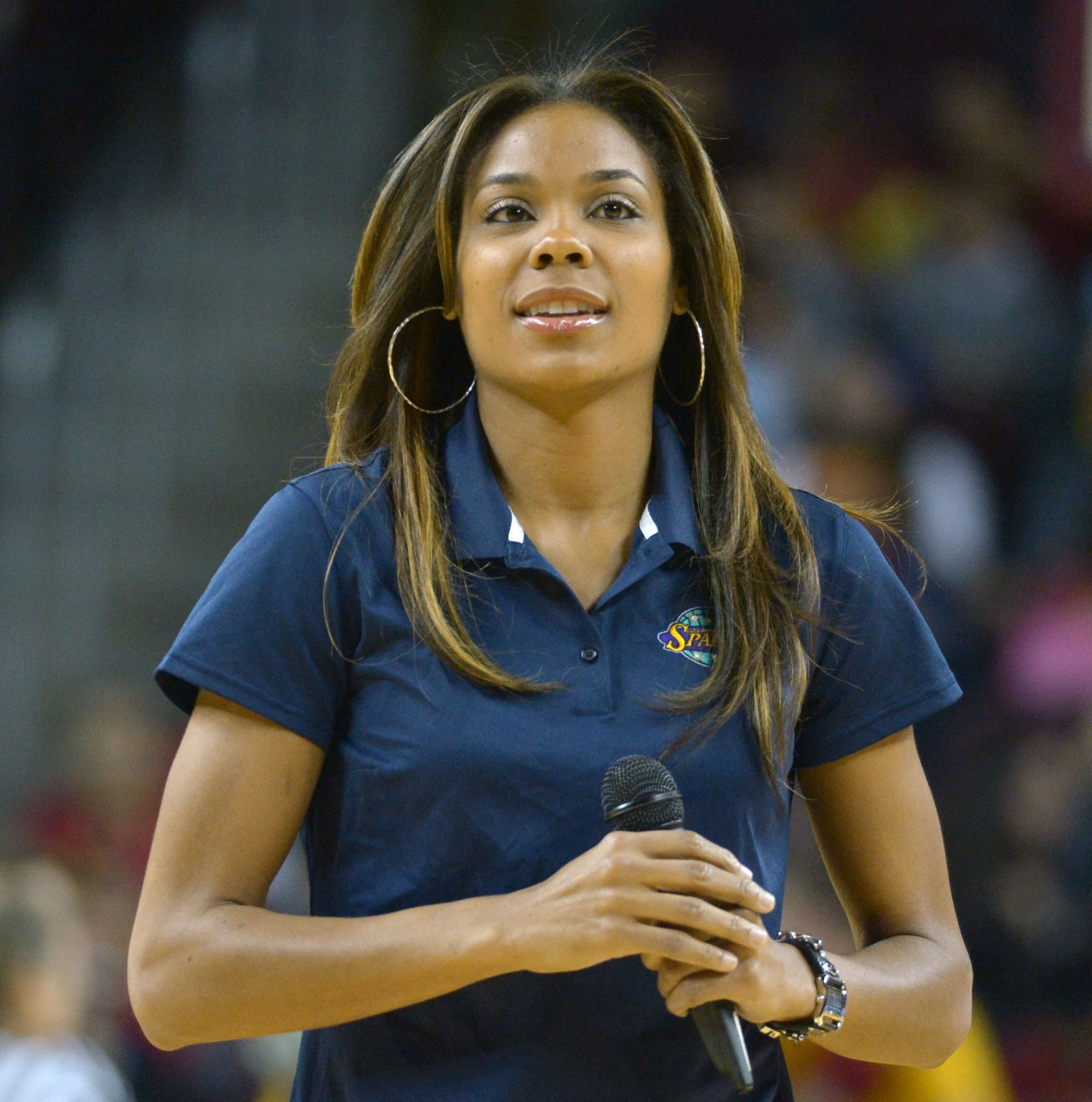 Ex-Phoenix Mercury star Lindsey Harding is now Philadelphia 76ers' first female coach