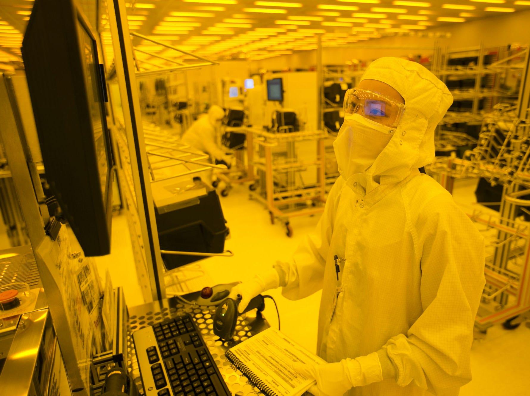 No. 87: Microchip Technology Inc. | Semiconductors, technology products | 2019 employees: 2,006 | 2018 employees: 1,888 | Ownership: Public | Headquarters: Chandler | www.microchip.com