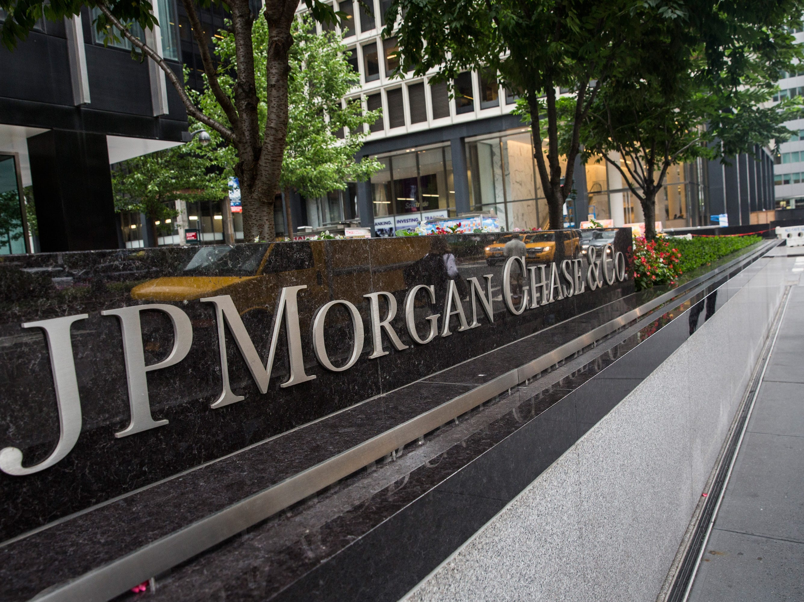 No. 13: JP Morgan Chase & Co.| Banking, financial services | 2019 employees: 10,000 | 2018 employees: 10,400 | Ownership: Public | Headquarters: New York | www.chase.com