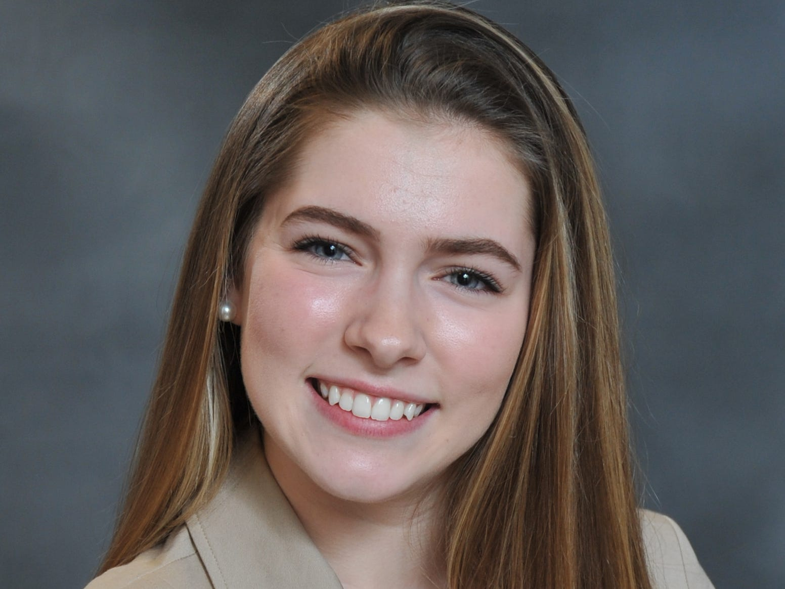 Ellery Nakielny, Home School Association, Distinguished Young Women of York County participant.