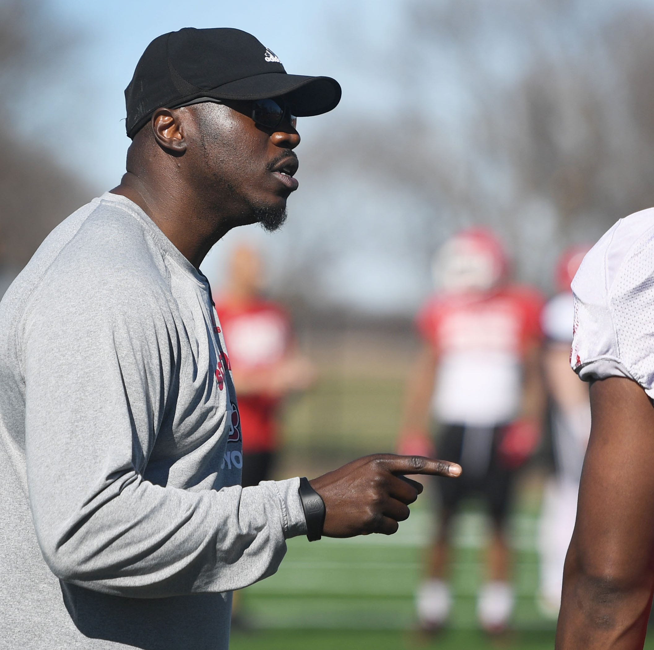 From tech companies to Greenway: A Q&A with new South Dakota linebackers coach Abdul Hodge