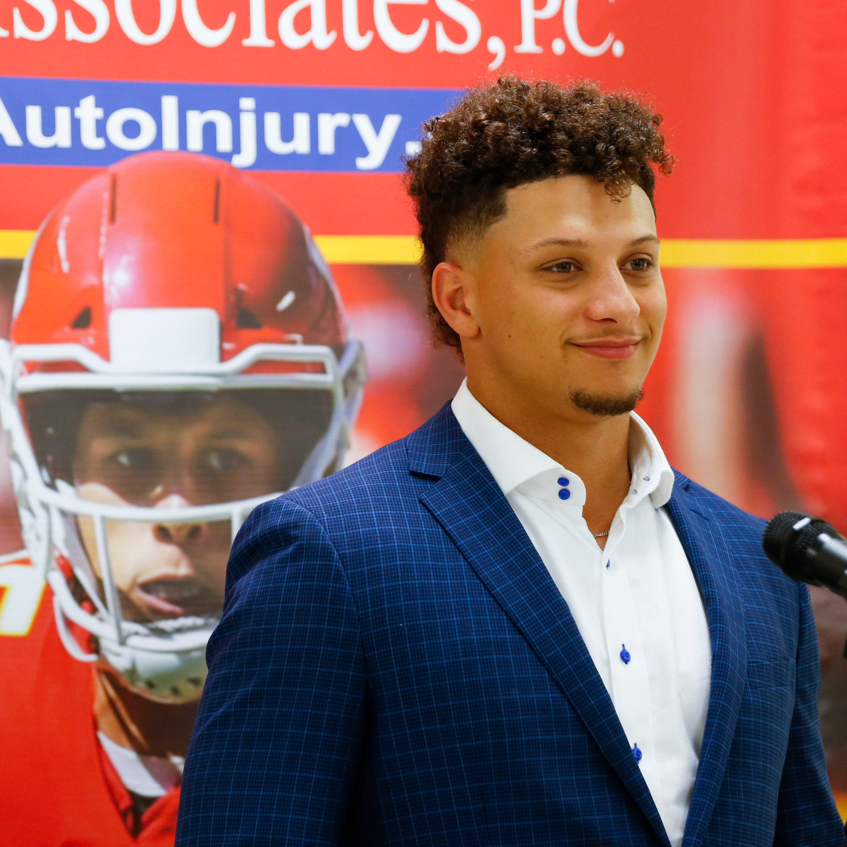 Springfield visit by Chiefs QB Mahomes sets new fundraising record