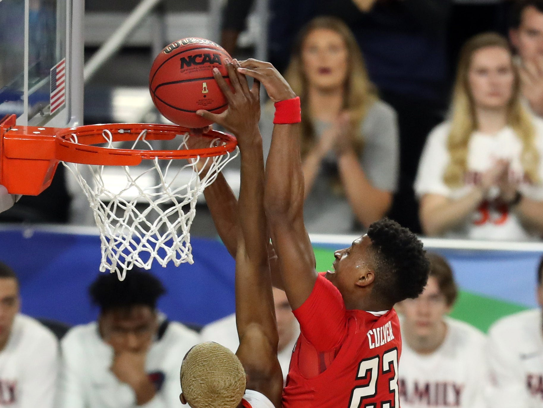 Apr 8, 2019; Minneapolis, MN, USA; Virginia Cavaliers forward Mamadi Diakite (25) blocks the shot of Texas Tech Red Raiders guard Jarrett Culver (23) during the first half in the championship game of the 2019 men's Final Four at US Bank Stadium. Mandatory Credit: Brace Hemmelgarn-USA TODAY Sports