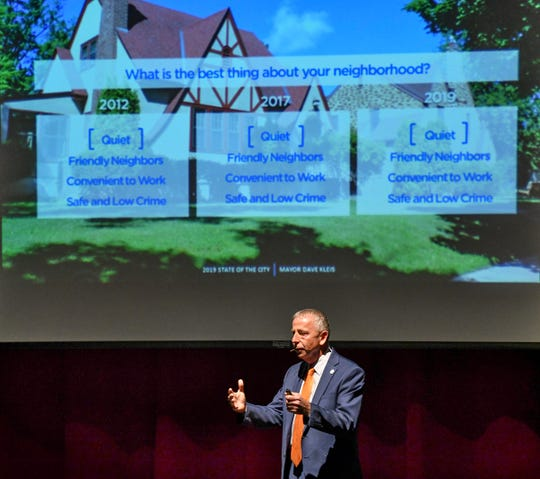 Mayor Dave Kleis talks about citizen survey results during the State of the City presentation Tuesday, April 9, at Tech High School in St. Cloud.