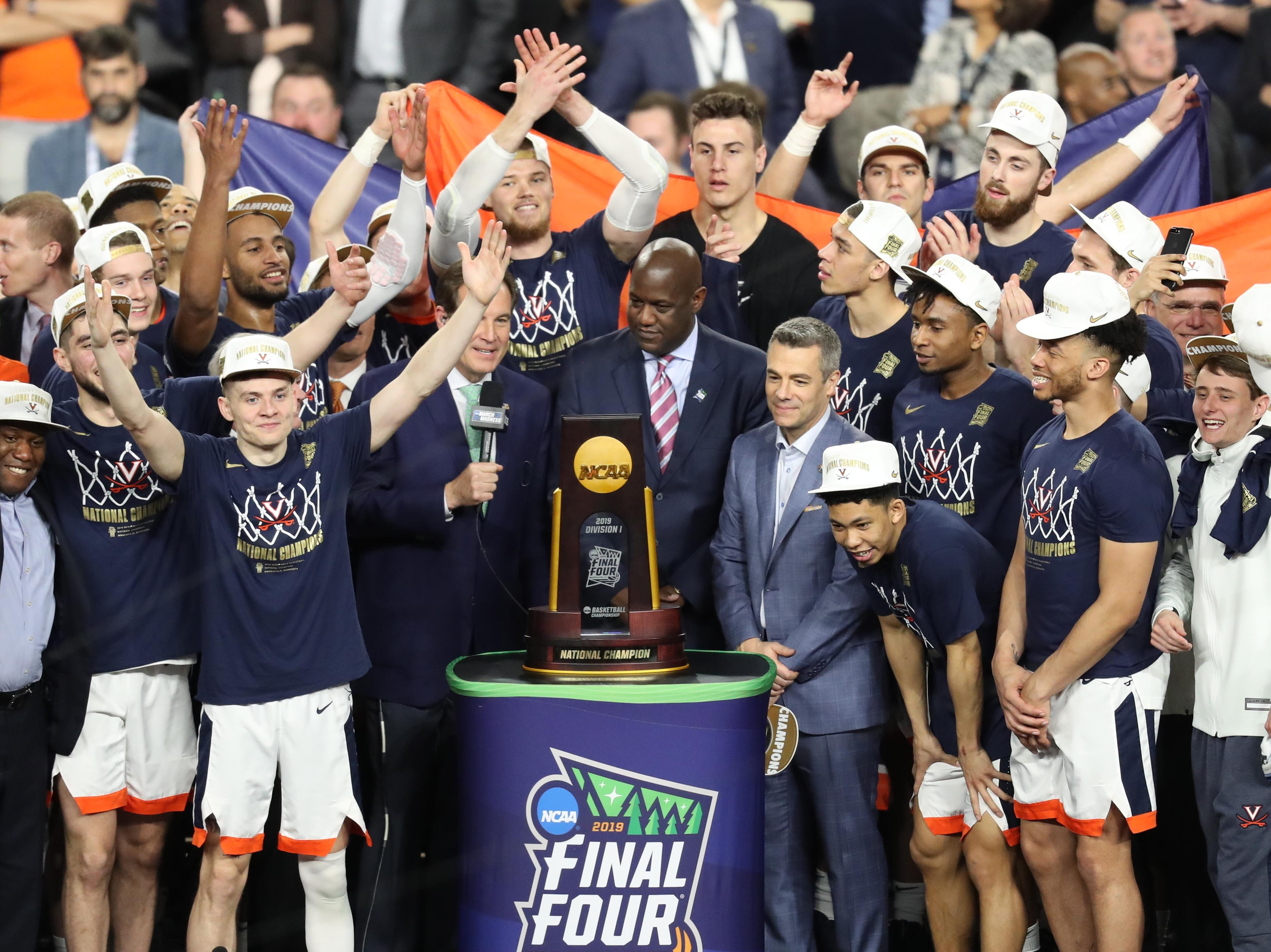 7d251f837 College basketball s way-too-early preseason top 25 teams for the 2019-20  season
