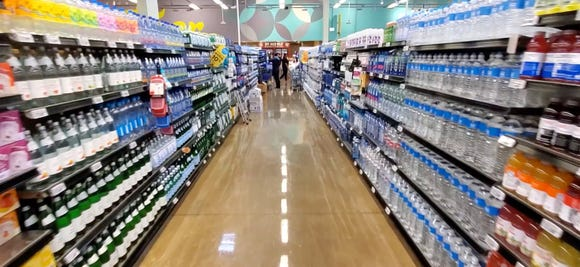 Shooting down the aisle at Whole Foods on Galaxy S10+