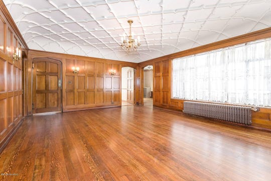 The breakfast room in Corlett mansion at 92 Garrison Ave. in Battle Creek.