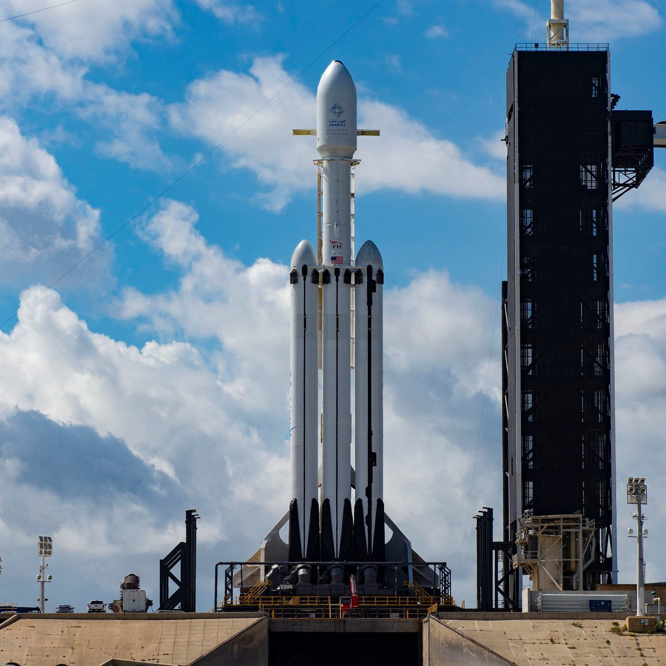 Updates: Watch SpaceX launch its three-core Falcon Heavy from Kennedy Space Center