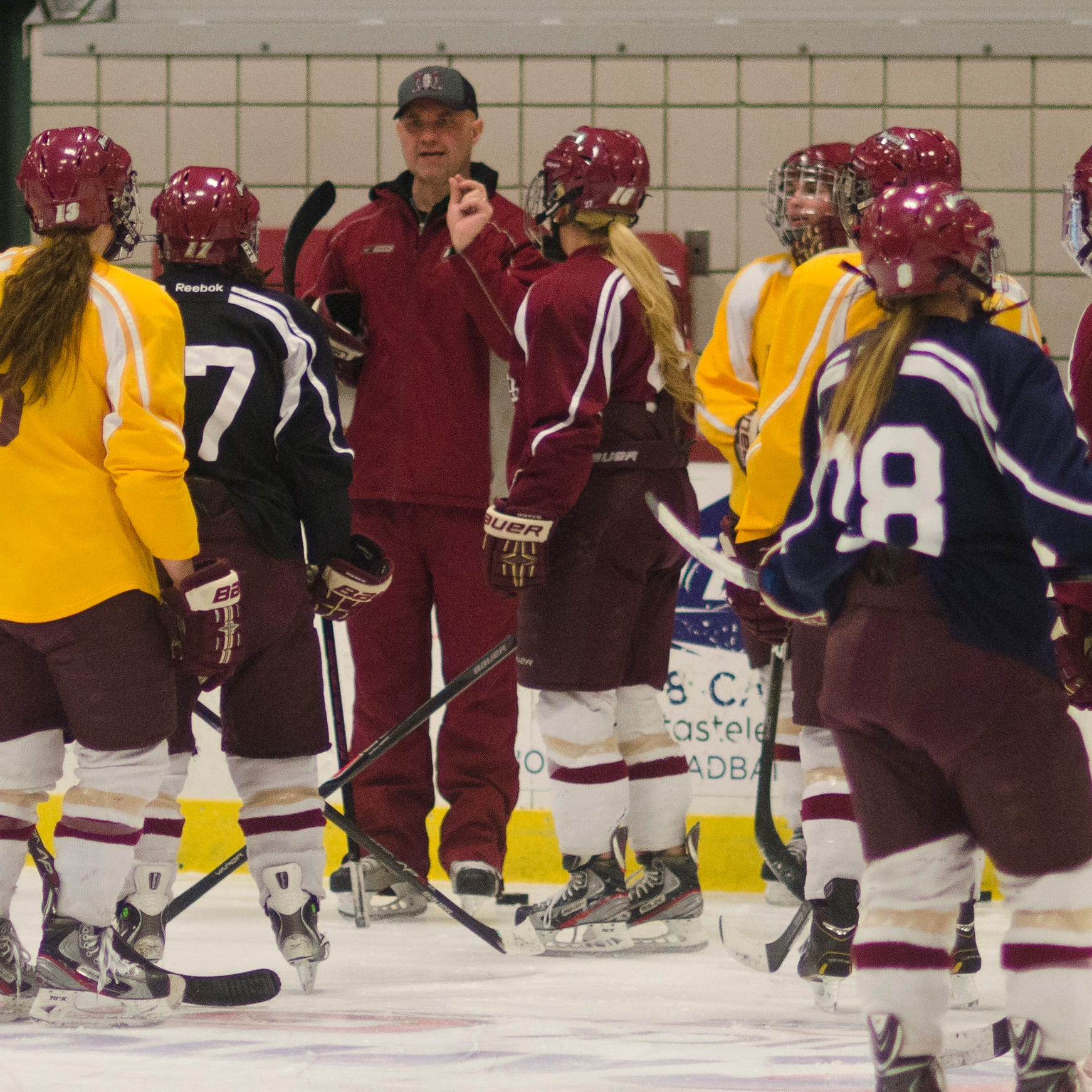 Norwich women's hockey coach Mark Bolding headed to Yale
