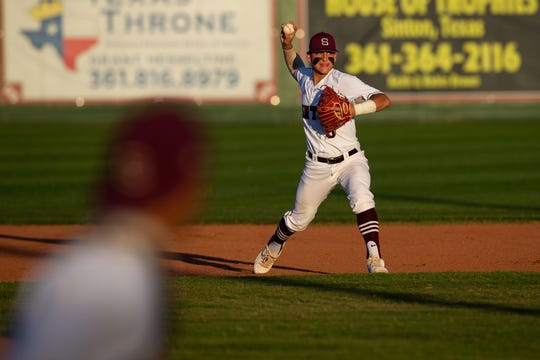 Sinton defeats Robstwon 2-0 at Gene Kaspryzk FIeld, in Sinton on Thursday, April 9, 2019.
